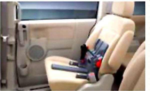 【デリカD:5】純正 CV2W ISO FIX対応チャイルドシート ベースシート パーツ 三菱純正部品 DELICA オプション アクセサリー 用品