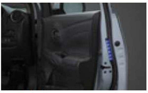 『ティーダラティオ』 純正 N17 セーフティイルミネーション パーツ 日産純正部品 TIIDA オプション アクセサリー 用品