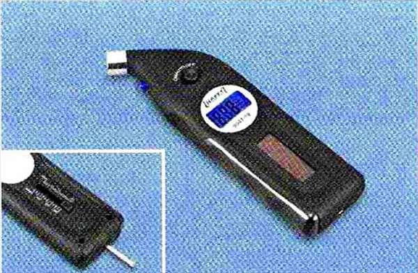 Z4 パーツ デジタル・タイヤ・ゲージ BMW純正部品 LL20 LM30 LM35 オプション アクセサリー 用品 純正