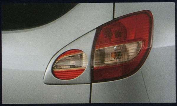 『セルボ』 純正 HG21S リヤランプガーニッシュ(スズキスポーツ) パーツ スズキ純正部品 cervo オプション アクセサリー 用品