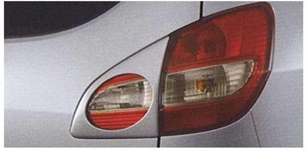 『セルボ』 純正 HG21 リヤランプガーニッシュ パーツ スズキ純正部品 リアガーニッシュ パネル カスタム cervo オプション アクセサリー 用品