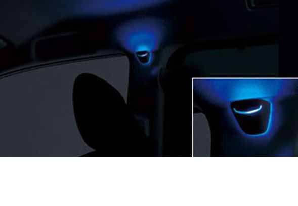 『エスクァイア』 純正 ZWR80G ピラーライト本体のみ(※2参照) パーツ トヨタ純正部品 esquire オプション アクセサリー 用品