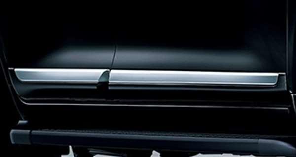 『ランドクルーザー200』 純正 URJ202W サイドプロテクションモール パーツ トヨタ純正部品 landcruiser オプション アクセサリー 用品