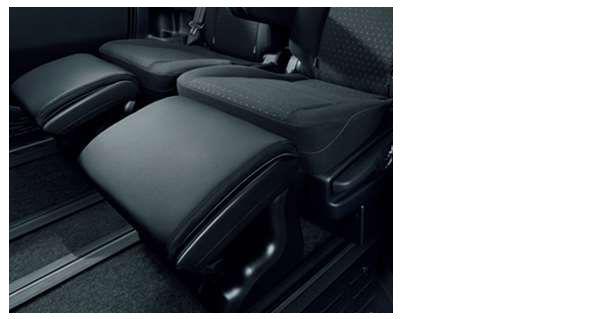 『ノア』 純正 ZWR80W ZWR80G ZRR80W ZRR80G ZRR85W ZRR85G オットマン(1個) 2列目席 1席用 パーツ トヨタ純正部品 フッドレスト オプション アクセサリー 用品