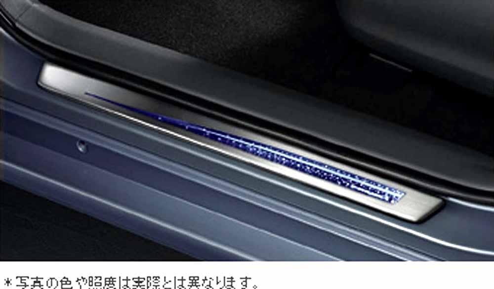 『プリウスα』 純正 ZVW41 ZVW40 スカッフイルミネーション パーツ トヨタ純正部品 ステップ 保護 プレート prius オプション アクセサリー 用品