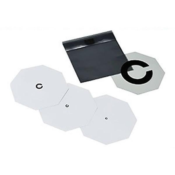 新作販売 小さな子どもたちが答えやすい工夫いっぱいのカード式 カード式 希少 視力表 回答板付 3枚組 6621100