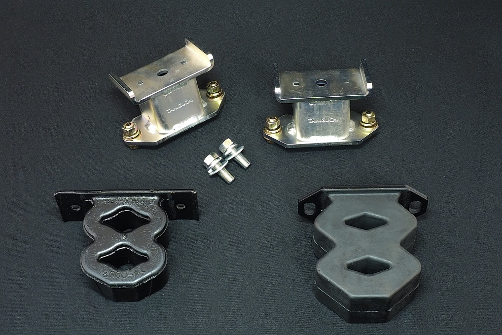 タニグチ製スズキジムニーJB64W・74Wバウンドレートブースター リア(8の字バンプ付き) JB64W・74W標準品/左右set 定価¥15400 税込