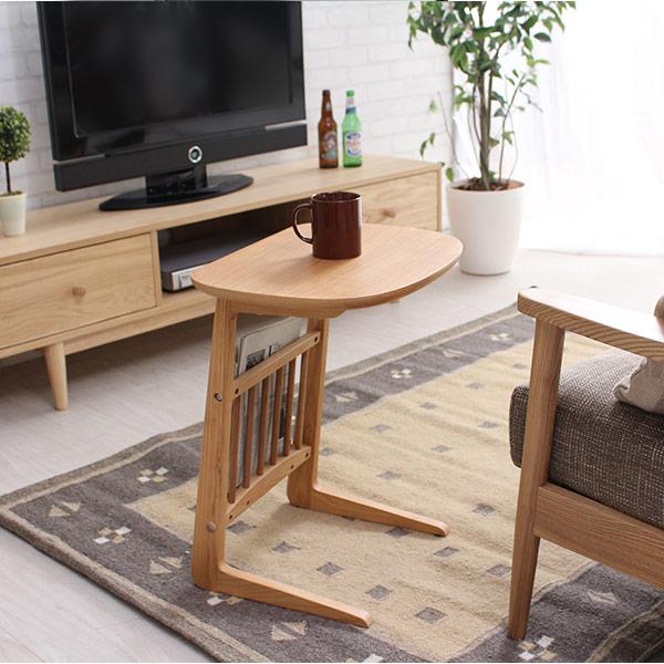 サイドテーブル 北欧 木製 リビング テーブル Henri アッシュの木目が優しいミニテーブル♪ サイドテーブル高さは55cmと使いやすいサイズ ナイトテーブルとしてベッドの傍らでも使える