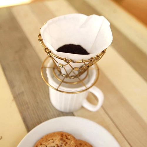 キッカーランド KIKKERLAND ブラスコラプシブルコーヒードリッパー 【真鍮 ゴールド 】 Brass Collapsible Coffee Dripper キャンプ コーヒー 折り畳み ドリッパー