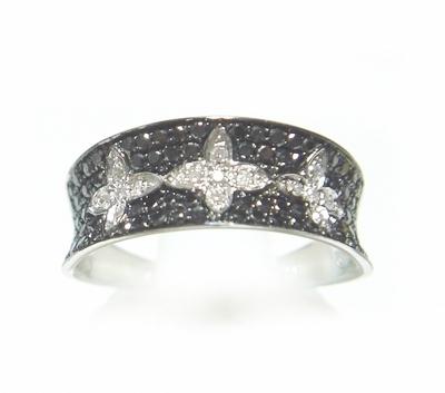 【予約】【マイクロセッティング】ひし形が輝く!計0.50ctダイヤ・ブラックダイヤリング