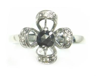 【予約】【ユラメキ】【ローズカット】花型計0.24ctブラックダイヤリング