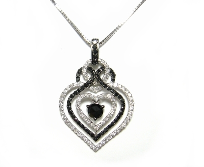 【予約】【ローズカット】豪華計1.43ctハートブラックダイヤモンドネックレス