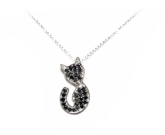 【予約】33石の可愛い黒猫シルエットパヴェ計0.38ctブラックダイヤネックレス【白ネコ,ダイヤニャンコ】