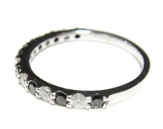 【予約】【ランキング1位】ハーフエタニティーコンビ計0.54ctダイヤ・ブラックダイヤリング【リアルタイム,ホワイトゴールド-ダイヤモンド】