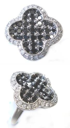 【予約】【ジュエリーベストドレッサー】モデルクローバー取り巻き計1.00ctブラックダイヤリング
