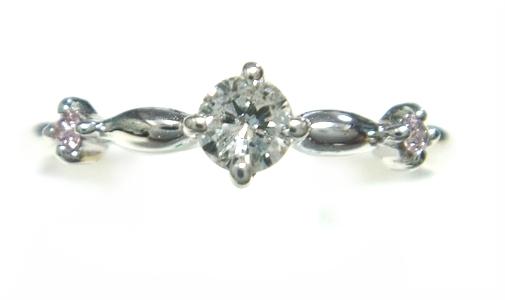 【予約】サイドに色づく計0.02ctUPピンクダイヤ&ダイヤリング