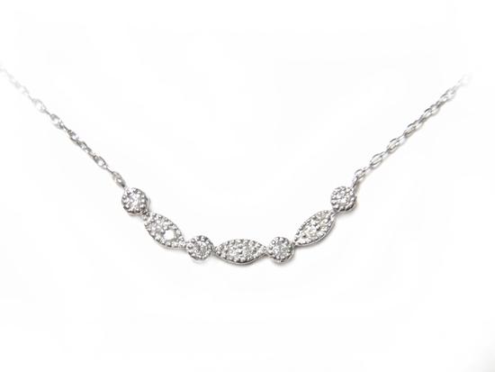 【在庫特価】【ミル打ち】安く提供!個性派プレート系計0.12ctダイヤモンドネックレス