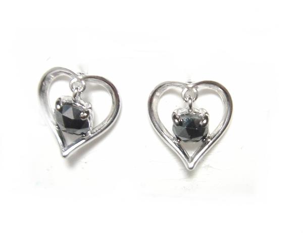 【予約】【揺れるローズカット】ハート型♪計0.50ctブラックダイヤモンドピアス【送料無料】