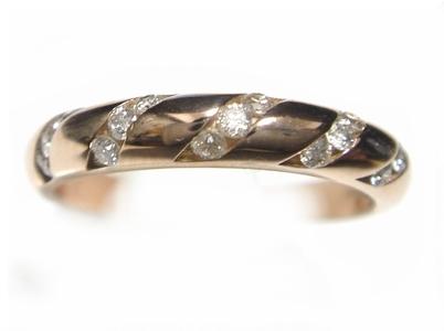 【予約】女性らしく丸みを帯びた素敵なライン!計0.20ctダイヤピンクゴールドリング