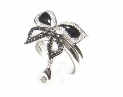 【予約】蝶オニキス&メノー計0.62ctダイヤモンドリング