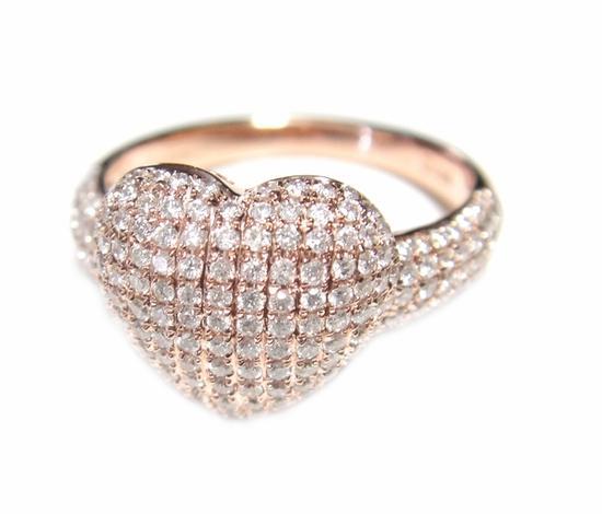 【予約】【マイクロセッティング】アームに注目ふんわりやわらかハートパヴェ計0.85ctダイヤモンドリング