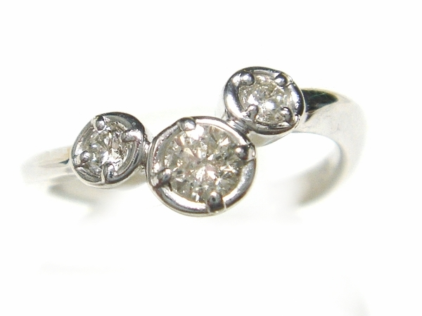 【予約】【スリーストーン】【ピンキー】計0.20ctダイヤモンドピンキーリング
