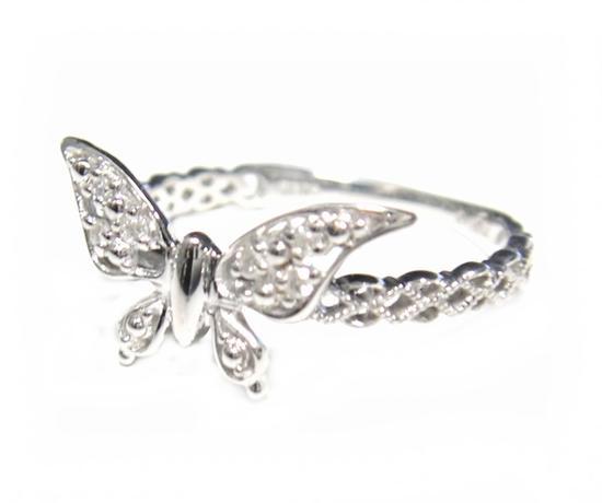 【予約】ハーフエタニティー舞い降りた蝶計0.04ctダイヤモンドリング
