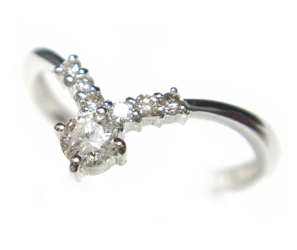 【予約】シンプルで上品ジュエリー計0.17ctダイヤモンドリング【送料無料】