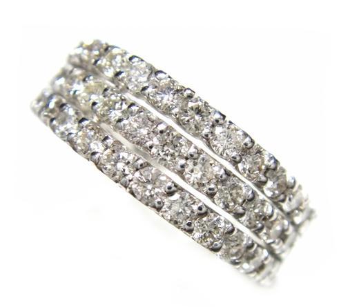 ファッションデザイナー 3連風の60石ゴージャスハーフエタニティータイプ計1.56ctダイヤモンドリング, 亘理郡:9813b642 --- crisiskw.com