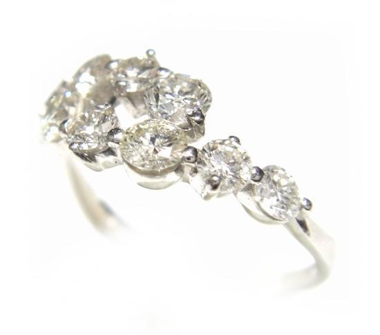 【予約】豪華照りがある10石Pt計1.00ctダイヤモンドリング