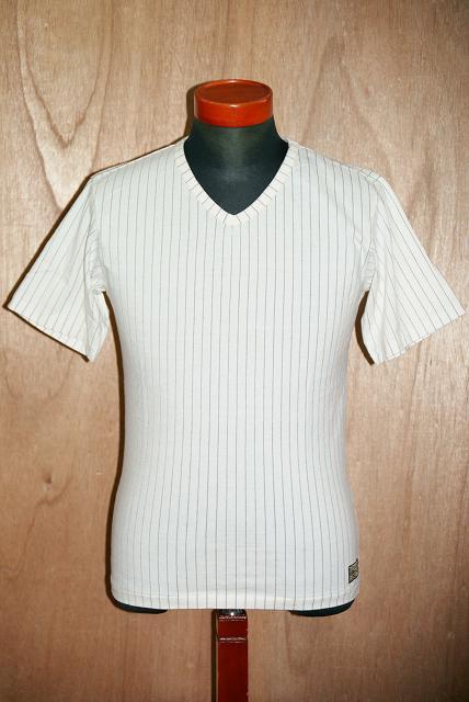 代引手数料・送料無料 DALEE'S (ダリーズ) Vネック・Tシャツ