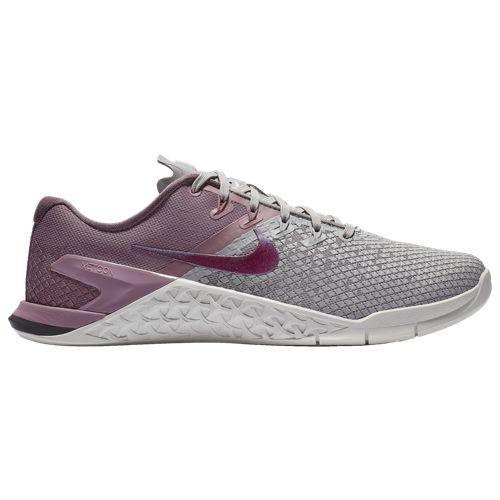 (取寄)ナイキ レディース メトコン 4 XD Nike Women's Metcon 4 XD Atmosphere Grey True Berry Plum Dust