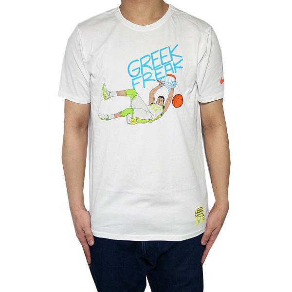 ナイキ メンズ ヤニス アデトクンボ バックス マーロン サッシー ドゥードゥルズ プレイヤー Tシャツ 34 Nike Men's NBA Marlon Sassy Doodle Player Antetokounmpo T-shirt White