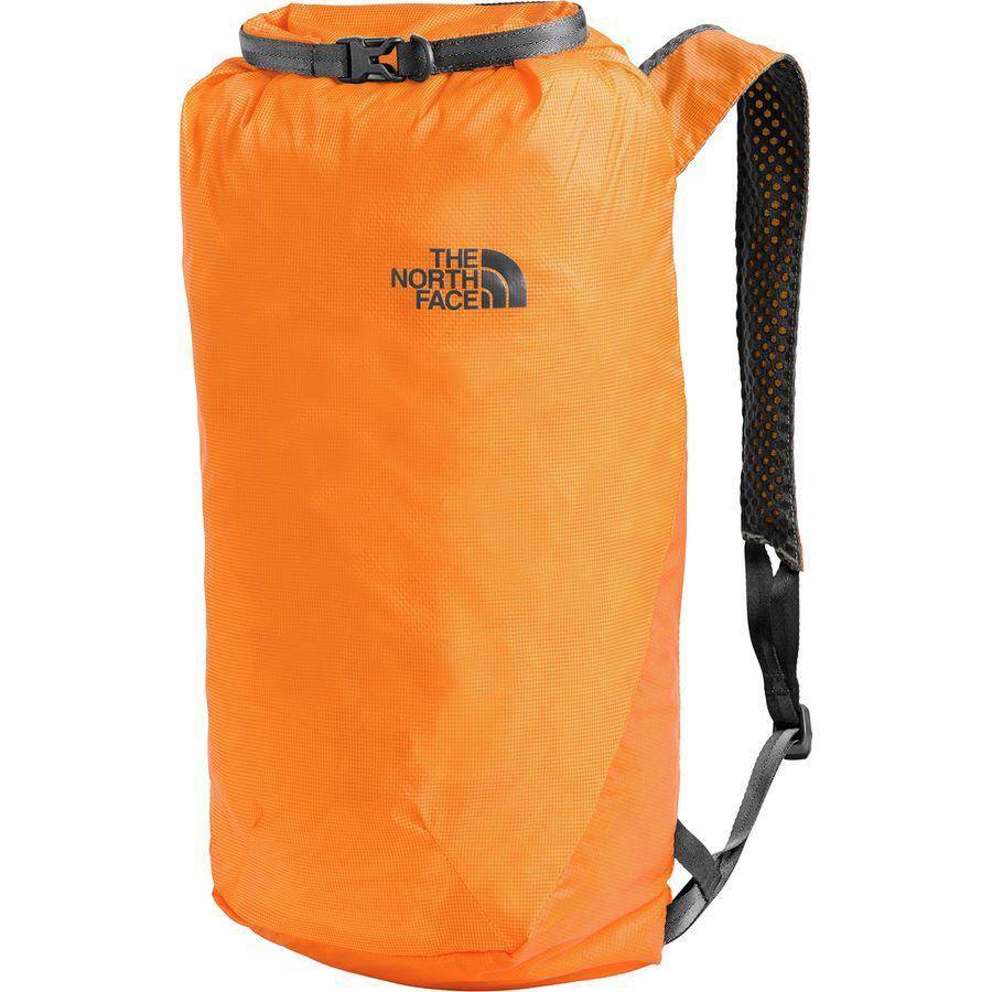 【クーポンで最大2000円OFF】(取寄)ノースフェイス フライウェイト ロールトップ バックパック The North Face Men's Flyweight Rolltop Backpack Zinnia Orange/Asphalt Grey