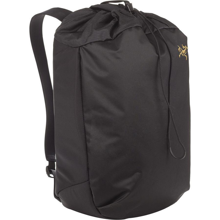 【マラソン ポイント10倍】(取寄)アークテリクス ユニセックス アロー 20Lバケット バッグ Arc'teryx Men's Arro 20L Bucket Bag Black