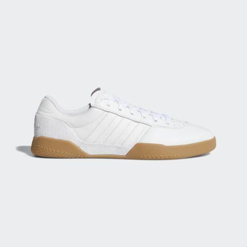 アディダス オリジナルス メンズ スニーカー シティ カップ シューズ ホワイト 白 adidas originals Men's City Cup Shoes Cloud White / Cloud White / Gum