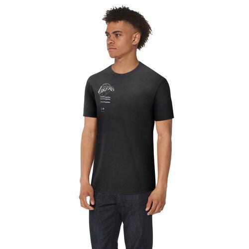 (取寄)ナイキ メンズ NBA コートサイド リピート ロゴ Tシャツ ロス エンジェルス レイカーズ Nike Men's NBA Courtside Repeat Logo T-Shirt ロス エンジェルス レイカーズ Black White