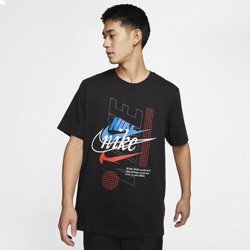 (取寄)ナイキ メンズ エボリューション オブ ザ スウッシュ Tシャツ Nike Men's Evolution Of The Swoosh T-Shirt Black