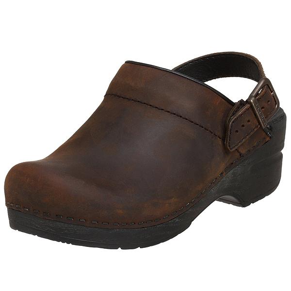 (取寄)ダンスコ レディース イングリッド オイルド レザー クロッグ ブラウン dansko Ingrid Oiled Leather Clog Brown 【サボ サンダル コンフォートシューズ 大きいサイズ 靴】 【コンビニ受取対応商品】