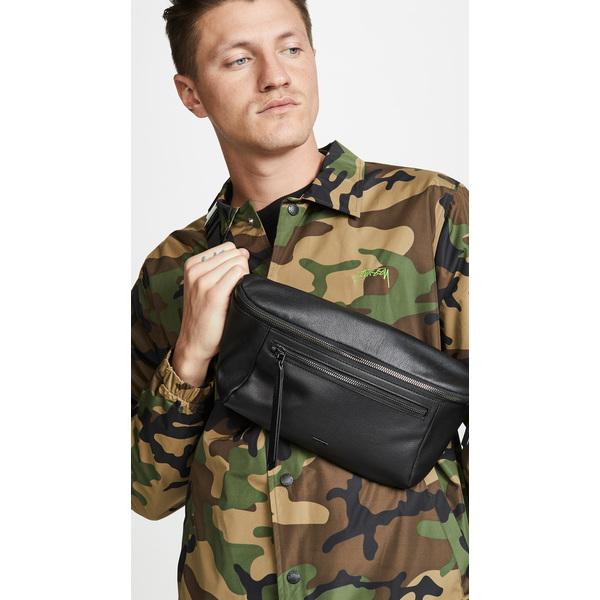 (取寄)トゥミ メザニン スティービー スリング バッグ Tumi Mezzanine Stevie Sling Bag Black