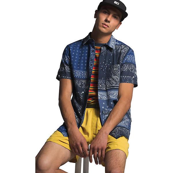 【エントリーでポイント10倍】(取寄)ノースフェイス メンズ ベイトレイル パターン SS シャツ The North Face Men's Baytrail Pattern SS Shirt Urban Navy Bandana Renewal Multi Print