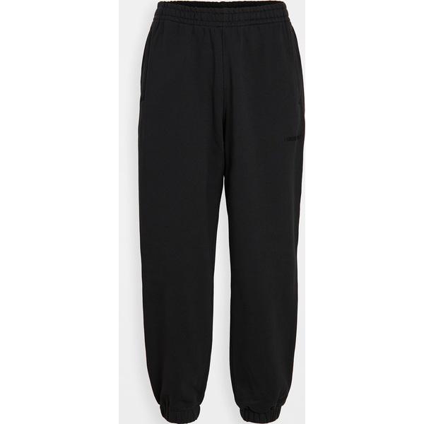 (取寄)アディダス メンズ x ファレル ウィリアムズ ベーシックス スウェットパンツ adidas Men's x Pharrell Williams Basics Sweatpants Black