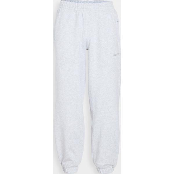 (取寄)アディダス メンズ x ファレル ウィリアムズ ベーシックス スウェットパンツ adidas Men's x Pharrell Williams Basics Sweatpants LightGrey