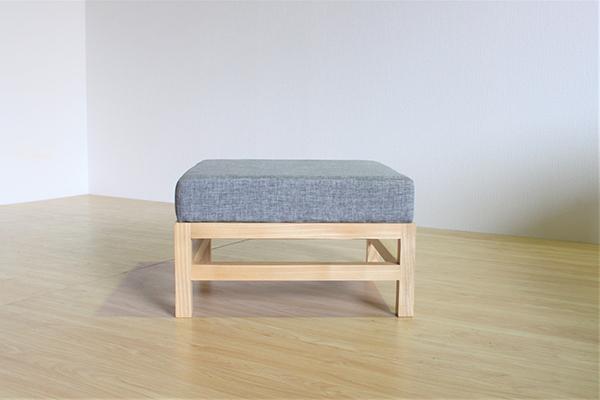 送料無料 ソファー オットマン 無垢材 スツール いす イス 椅子 木製 ナチュラル ウォールナット おしゃれ 北欧 モダン ミッドセンチュリー