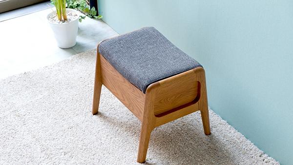 送料無料 高級感 スツール オーク無垢 収納付き 木製 腰掛け いす 椅子 玄関 寝室 リビング キッチン コンパクト 収納ベンチ おしゃれ モダン 北欧 ミッドセンチュリー