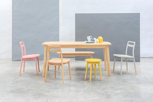 送料無料 ダイニングチェア 単品 ナチュラル デザイナーズ家具 食卓椅子 肘なし アームレスチェア イス 椅子 チェア ダイニングチェアー 完成品 おしゃれ モダン 北欧 スタイリッシュ 高級感 かわいい