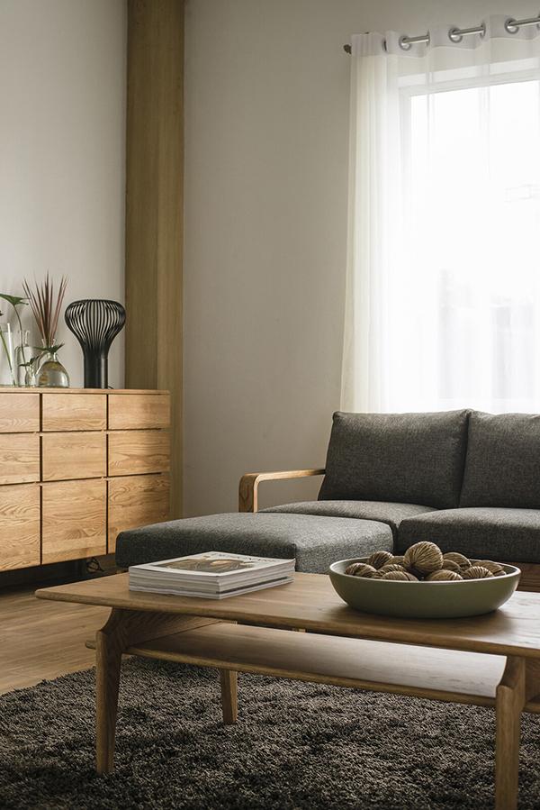 送料無料 センターテーブル 単品 幅120cm ナチュラル オーク 無垢材 棚付き 収納 木製 リビングテーブル ローテーブル カフェ 北欧 モダン 西海岸 おしゃれ 高級感