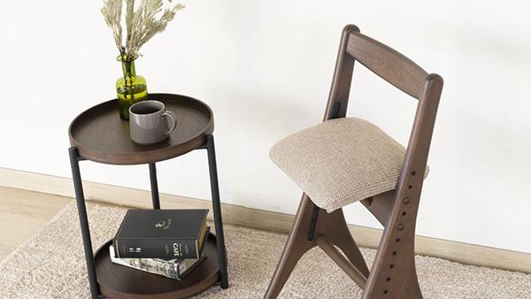 送料無料 ダイニングチェア 単品 ミディアムブラウン アルダー無垢材 食卓椅子 イス 椅子 チェア ダイニングチェアー 食卓チェア 完成品 コンパクト おしゃれ デザイン モダン 北欧 スタイリッシュ 高級感