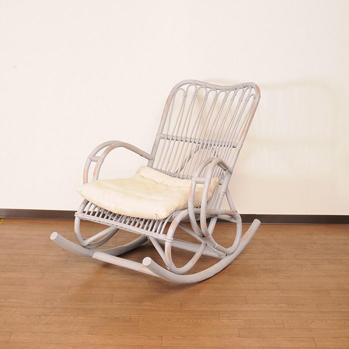 送料無料 ラタン家具 ロッキングチェア ホワイト 天然ラタン使用 パーソナルチェア 1人掛け リラックスチェア アームチェア チェア チェアー 椅子 イス おしゃれ アジアン