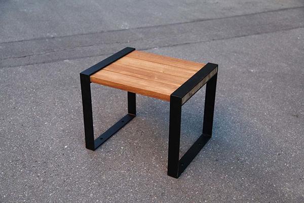 アイアンサイドチェア 木製 チーク ガーデンチェアー 1人掛け いす 椅子 ひとりがけ チェア テラス カフェ おしゃれ モダン レトロ 高級感